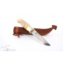 Karesuando 3524 Ripan Stainless Steel Livré dans une boîte en bois de luxe et une peau de renne. -