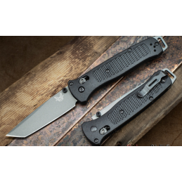Couteau pliant Benchmade 537GY Bailout Tanto -