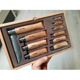 Opinel Vitrine 10 couteaux Inox -